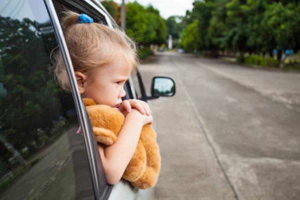 évitez de voyager en voiture avec les vitres ouvertes