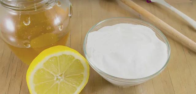 miel et bicarbonate